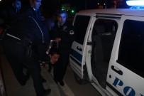 TÜRKMENBAŞı - Alkollü Sürücü Kırmızı Işıkta Bekleyen Araca Arkadan Çarptı Açıklaması 2 Yaralı
