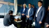 ABDURRAHMAN TOPRAK - Başkanlardan Kanser Hastası Şahin'e Ziyaret