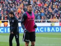 KÖTÜ HABER - Beşiktaş'ta Pepe Şoku