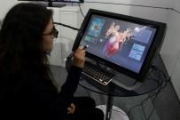 BILIŞIM FUARı - Bu Bilgisayarda Yapabileceklerinizin Sınırı Yok