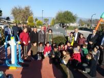 Burhaniye'de Yeni Parka Öğretmen Hayati Öge Adı Verildi