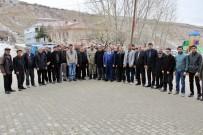 ŞEHİT ANNESİ - Kaymakam Zengince Karabayır Mahallesinde İncelemelerde Bulundu