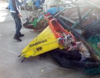 UÇAKSAVAR - Kocaeli'de Balıkçıların Ağına İHA Takıldı