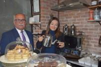 MEHMET ÇETIN - Manisa Kahveciler Odası'ndan Kafe İşleten Öğretmene Kutlama