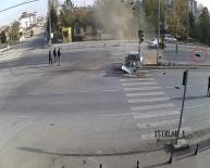 IŞIK İHLALİ - Sürücü Araçtan 20 Metre Fırladı
