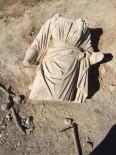 ÇUKUROVA ÜNIVERSITESI - Tarihi Anavarza Antik Kenti'nde Eros Heykeli Bulundu