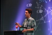 BILIŞIM FUARı - Video Fenomeni, Fenomen Olmanın Püf Noktalarını Bilim Fuarında Anlattı