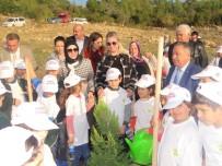 GÖNÜL ELÇİLERİ - Zeliha Su, Çocuklarla Fidan Dikti