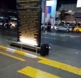 BOMBA İMHA UZMANI - Atatürk Havalimanı'nda Şüpheli Paket Alarmı