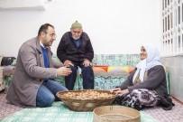 AİLE HEKİMİ - Türkiye'de Kilo İşi Satışı Yapılan Ceviz, Ahlat'ta Taneyle Satılıyor