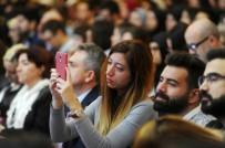 YEŞILAY - Teknoloji Bağımlılığı Kongresinde Konuklar Cep Telefonlarıyla İlgilendi