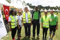 KIZ ÖĞRENCİLER - TİKA'dan Kenyalı Kızlara Bisiklet Desteği