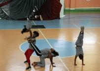 TUNCELİ VALİSİ - Tunceli'de Çocuklar Sirk Heyecanı Yaşadı