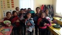 ÇAVUŞBAŞı - Çeşmeli Öğrenciler, Şırnaklı Çocukları Sevindirdi