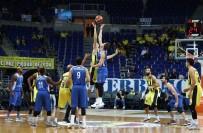 BARıŞ HERSEK - Fenerbahçe Doğuş 6. Galibiyetini Aldı