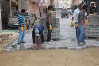 Turgutlu'nun Mahallelerinde Yenileme Çalışmaları Sürüyor