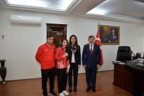 Türkiye'ye Dünya Şampiyonluğunu Getiren Evin Yalova'da Coşkuyla Karşılandı