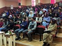 Üniversitede 'İş Arama Becerileri' Konferansı