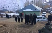 BÜYÜKÇIFTLIK - Yüksekova'da Trafik Kazası Açıklaması 1 Güvenlik Korucusu Şehit