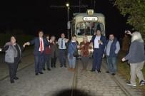 DOSTLUK KÖPRÜSÜ - Almanya'da Tramvayda Sıra Gecesi