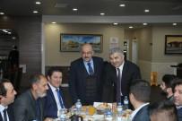 KENTSEL DÖNÜŞÜM PROJESI - Başkan Çelik, AK Parti İl Ve İlçe Teşkilatlarına Büyükşehir'in Yatırımlarını Anlattı
