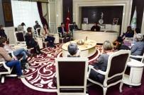 ABDULLAH YıLMAZ - Başkan Toru, Yabancı Öğretmenleri Ağırladı