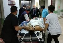 UNKAPANı - Bıçaklı Saldırıda Ağır Yaralandı