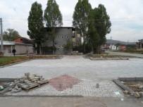 ALIKAHYA - İzmit Belediyesi Çalışmalarını Sürdürüyor