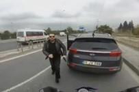 SİLAHLI SALDIRGAN - Korna çalan motosiklet sürücüsüne silah çekti