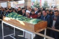 CİNAYET ZANLISI - Kuruyemiş Kavgasında Öldürülen Genç Pazarcı Toprağa Verildi