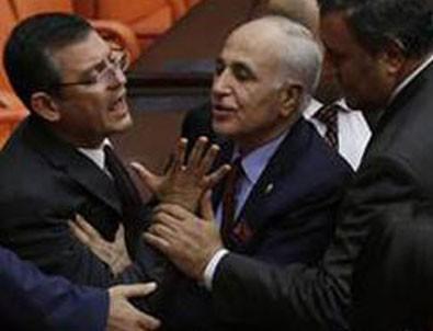 Meclis'te Zarrab kavgası