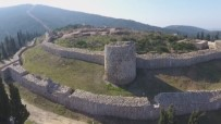 ARKEOLOJİK KAZI - Aydos Kalesi'nde Tarih Öncesi Dönemin İzlerine Rastlandı