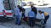 GÖLLER - Perde Montajı Yaparken Düşen Ofis Çalışanı Yaralandı