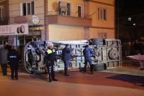 YOLCU OTOBÜSÜ - Servis Aracı İle Minibüs Çarpıştı Açıklaması 4 Yaralı