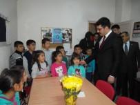 OKUL ÇANTASI - Suriyeli Çocuklara Kırtasiye Yardımı