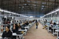 TEKSTİL ATÖLYESİ - 400 Kişi İş Sahibi Oldu, Yaklaşık Bin Kişiye De Müjdesi Geldi