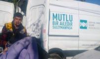 BUZDOLABı - Evi Yanan Vatandaşlara Süleymanpaşa Belediyesinden Destek