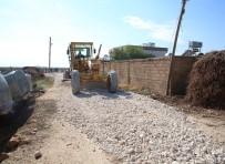 YOL YAPIMI - Haliliye Belediyesi 5 Mahallede Yol Çalışmalarını Sürdürüyor