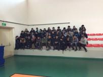 OTOBÜS ŞOFÖRÜ - Kaza Yapan Otobüsten 127 Kaçak Göçmen Çıktı