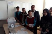 AHMET EREN - Öğrenciler Demokrasiyi Yaşayarak Öğreniyor