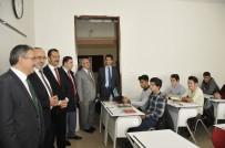 ALI AKPıNAR - Rektör Şahin İslami İlimler Fakültesi Öğrencilerini Ziyaret Etti
