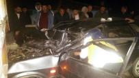 İSHAKÇELEBI - Saruhanlı'da Trafik Kazası Açıklaması 1 Yaralı