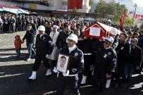 Şehit Polis Memuru Olgun Gülay İçin Gümüşhane'de Resmi Tören Düzenlendi
