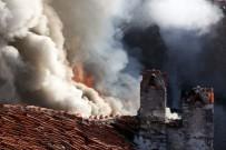 TARİHİ BİNA - Tarihi Binada Yangın