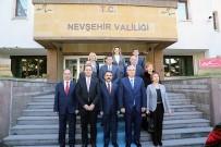 İLHAMI AKTAŞ - Yargıtay Cumhuriyet Başsavcısı Akarca, Vali Aktaş'ı Ziyaret Etti