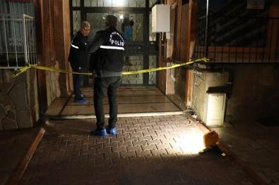 Adana'da bir kişi boşanma aşamasındaki karısı tarafından öldürüldü