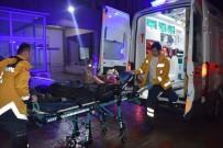 ÜLFET - Adıyaman'da Trafik Kazası Açıklaması 5 Yaralı