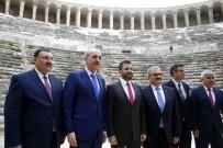 APOLLON TAPINAĞI - Bakan Kurtulmuş,  Aspendos Tiyatrosu Ve Side Antik Kenti'ni İnceledi