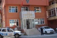 BANKA MÜDÜRÜ - Emekli Adam 60 Bin Lirasıyla Dolandırılmaktan Kurtarıldı