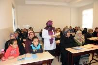 İBADET - Kadınlar Kur'an-I Kerim Öğreniyor